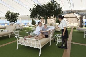 Exklusiver Erholungsbereich für Erwachsene bei Kreuzfahrten mit Princess Cruises